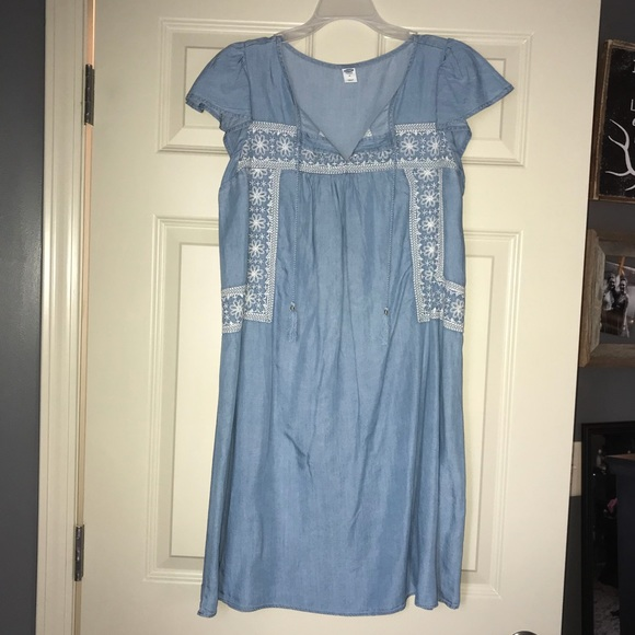 Old Navy Dresses & Skirts - NWT denim dress from Old Navy